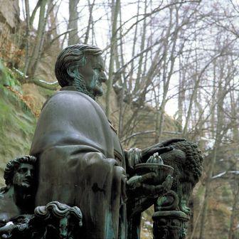 336_0705_Richard_Wagner_Statue_Dittrich_.jpg