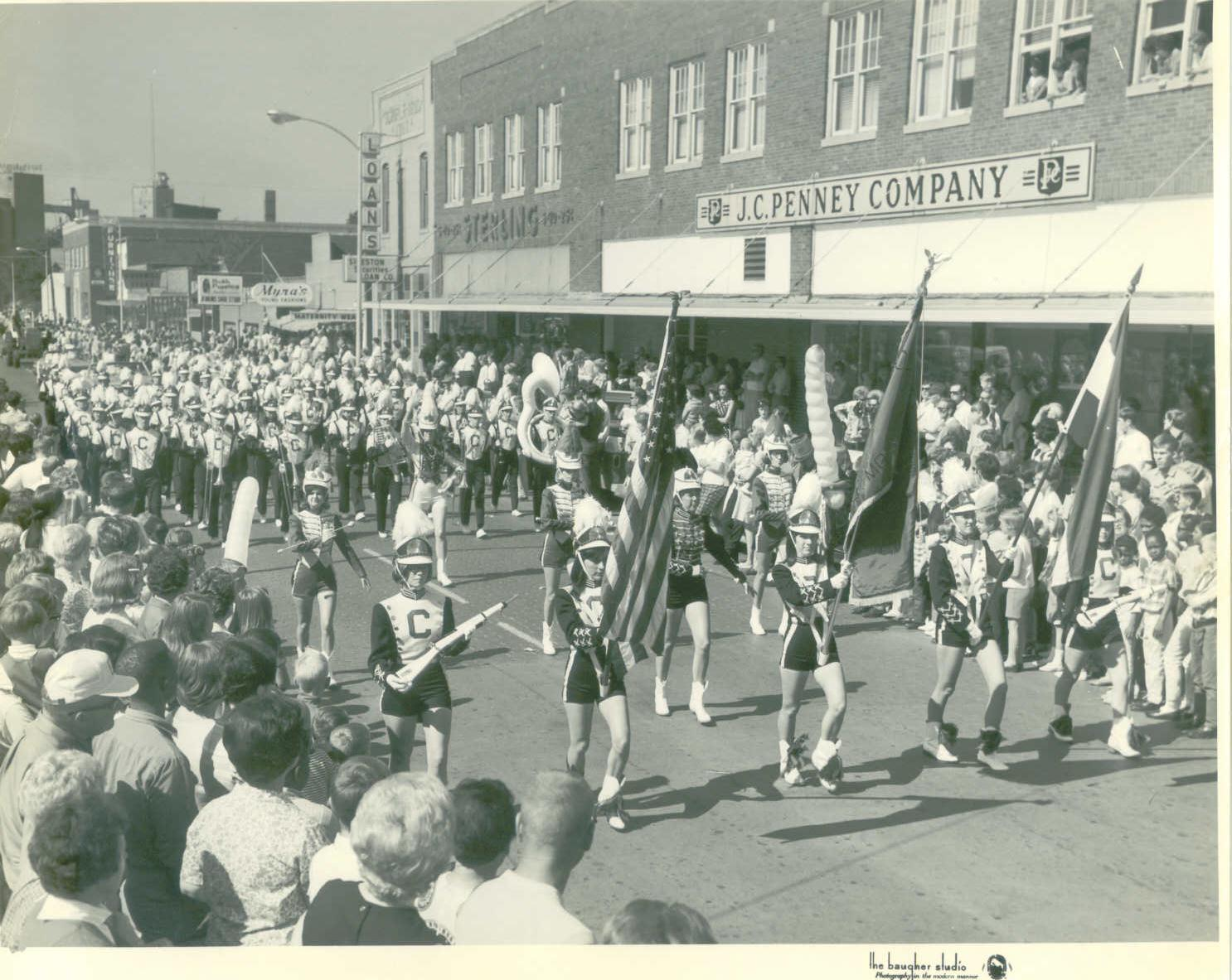 COTTON%20CARNIVAL%20PARADE%2C%20SIXTIES.JPG
