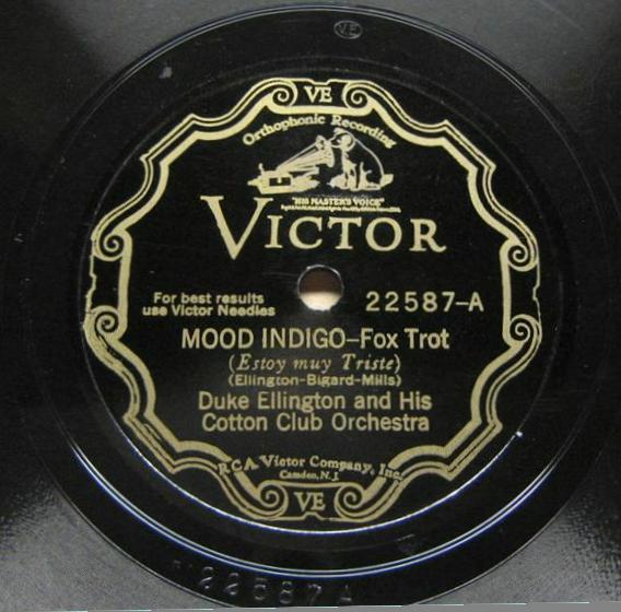 DE3021a-MoodIndigo-Victor22587a.jpg