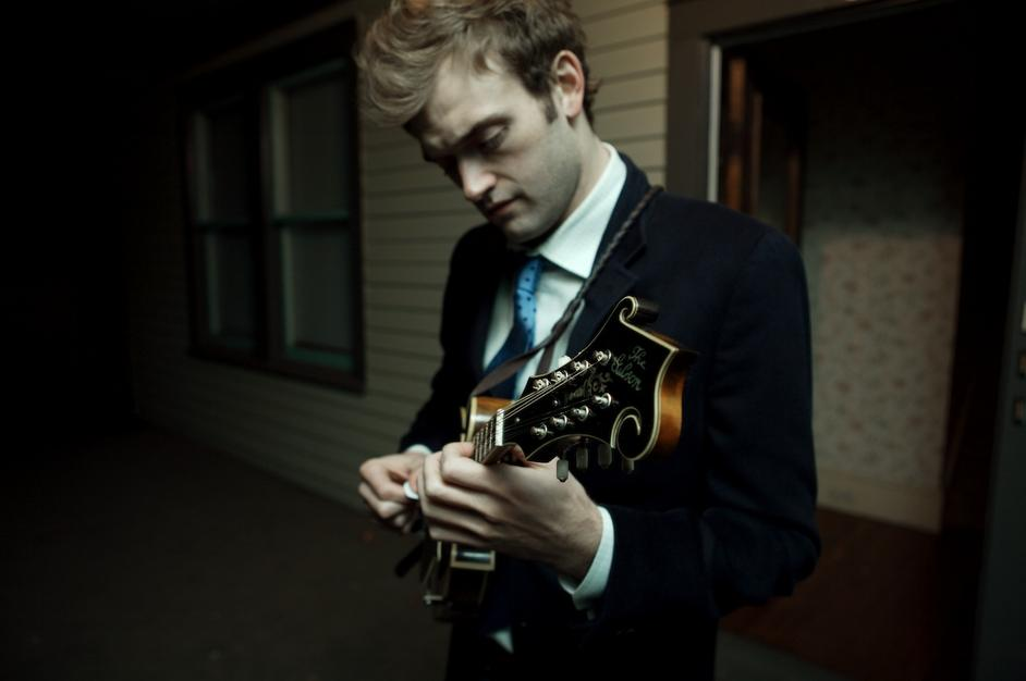 chris_thile.jpg