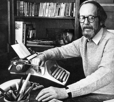 detroit-author-elmore-leonard.jpg