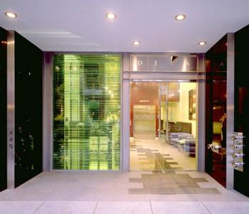 image_hotel_exterior_entrance_2.jpg