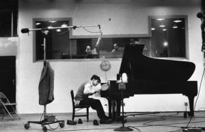glenn-gould-studio-piano