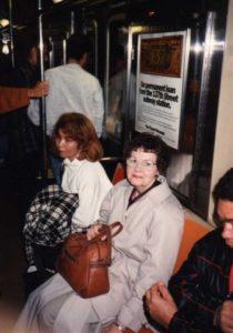 mom-on-the-subway