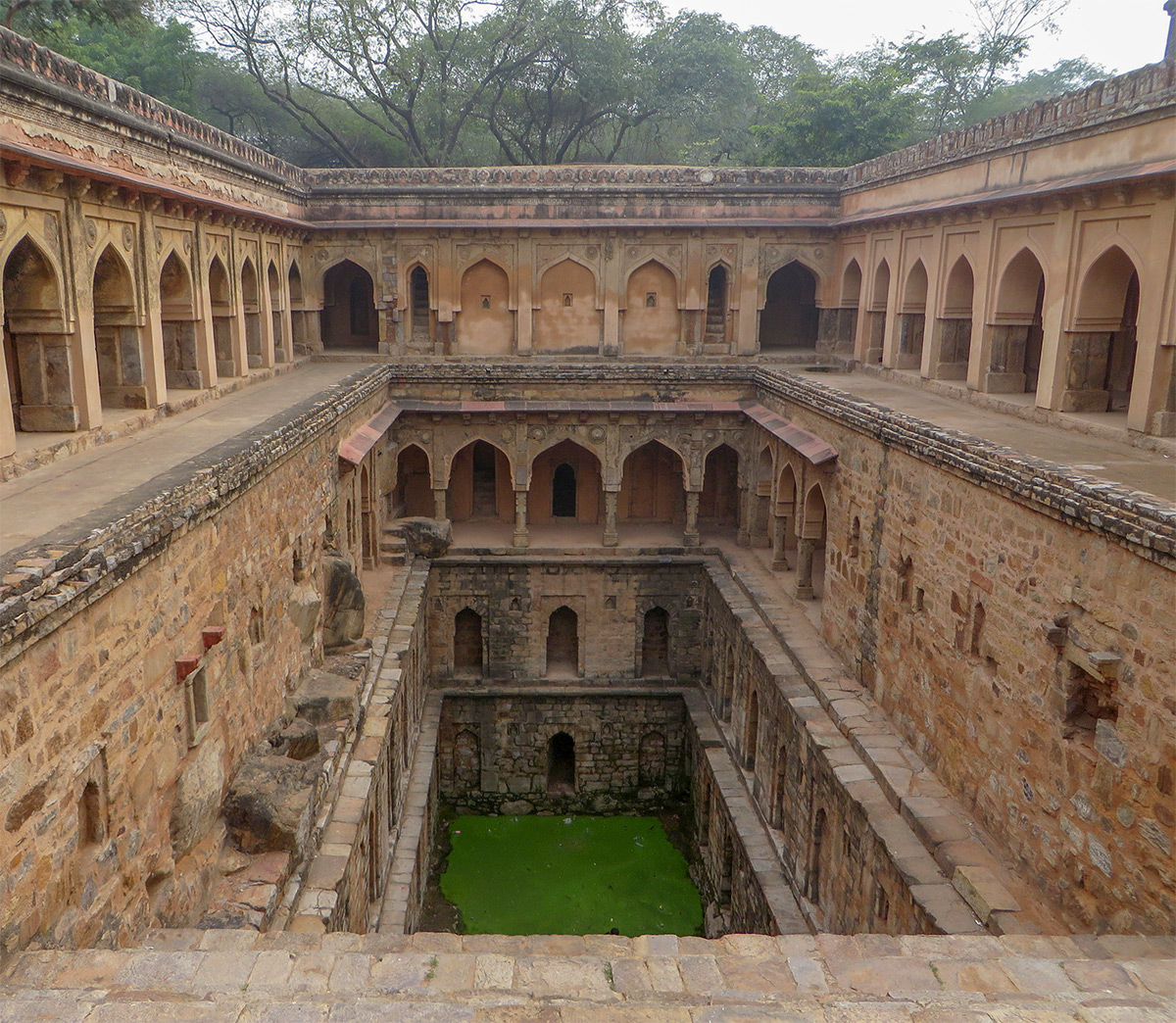 India stepwell photos by Victoria Lautman