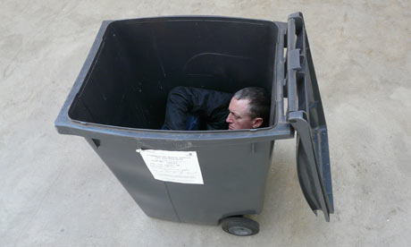 Michael-Landy-in-a-bin-001.jpg