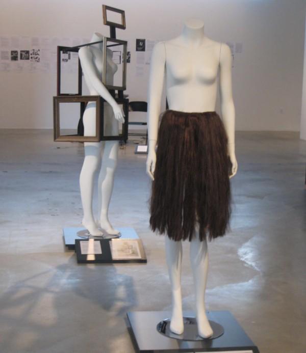 http://www.artsjournal.com/artopia/hair%20apron.jpg
