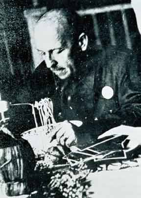 The Ant-Pasta Marinetti supposedly caught eating spaghetti, 1930.
