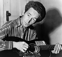 220px-Woody_Guthrie_2