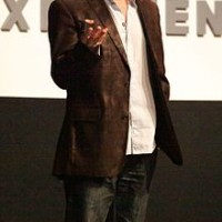 220px-David_Eagleman_speaking_at_UP2011