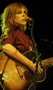 220px-Lucinda_Williams_&_guitar