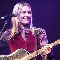 Reading With Aimee Mann