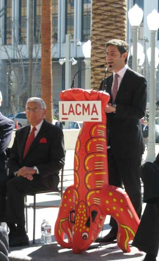 Eli Broad (left) and Michael Govan (at the lobster podium) at 2008 preview for LACMA's Broad Contemporary Art Museum Photo by Lee Rosenbaum
