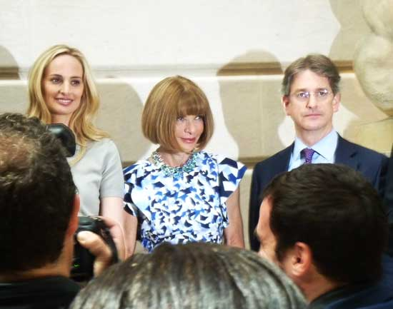 L to R: Gala co-chairs Lauren Santo Domingo (co-founder of exhibition sponsor Moda Operandi) and Anna Wintour (editor-in-chief of Vogue and artistic director for Condé Nast); Met director Thomas Campbell