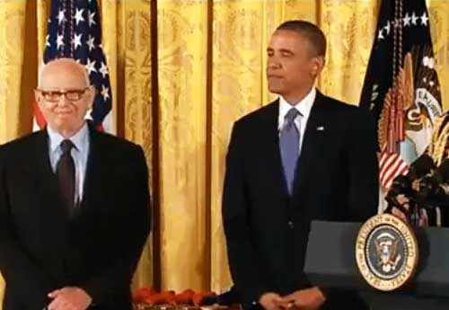 Ellworth Kelly, about to receive the National Medal of Arts from President Obama Screenshot from the White House video