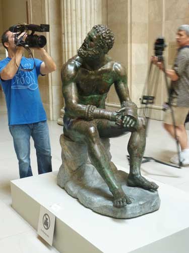 "Photography of ""Boxer at Rest"" (not allowed to general visitors) at the Met's press preview Photo by Lee Rosenbaum"