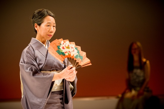 Kayo Seyama in the concluding dance of Yoshiko Yokoshi's Bell