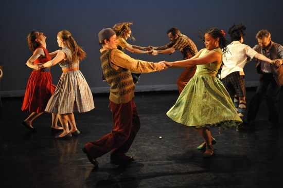 Mark Morris's A Wooden Tree. (L to R): Amber Star Merkens, Rita Donahue, Dallas McMurray, Jenn Weddel, Aaron Loux, Michelle Yard, Maile Okamura, Mikhail Baryshnikov. Photo: Stephanie Berger