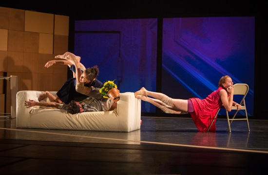 Andrea Miller's Fold. Caroline Fermin and Dan Walczak on couch. Emily Terndrup at right. Photo: Yi-Chun Wu