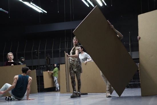 The inhabitants of Forsythe's Sider. (L to R): Dana Caspersen, Fabrice Mazliah, Frances Chiaverini. At back: Ander Zabala. Photo: Julieta Cervantes