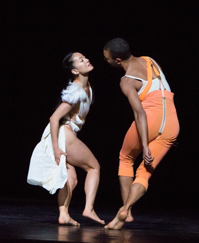 Preljocaj's Snow White (Nagisa Shirai) and her Prince (Sergio Diaz). Photo: Yi-Chun Wu
