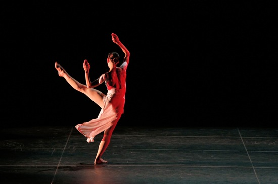 Cecily Campbell in Trisha Brown's If you couldn't see me. Photo: Cory Weaver