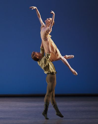 Wendy Whelan and Adrian Danchig-Waring in Jerome Robbins's Dances at a Gathering. Photo: Paul Kolnick.