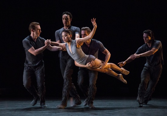 Angelica Generosa in Memory Glow, handled by (L to R): Ezra Thomson, Charles McCall, Raphaël Bouchard, and James Moore. Photo: Yi-Chun Wu