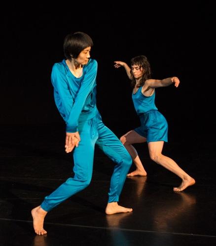 Neil Greenberg's This. (L to R): Mina Nishimura and Molly Lieber. Photo: Yi-Chun Wu