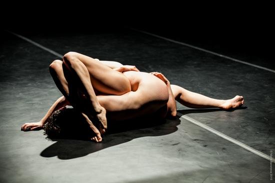 Molly Lieber and Eleanor Smith merging. Photo: Maria Baranova