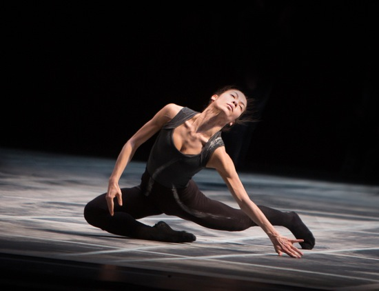 Cynthia Koppe in Shen Wei's Rite of Spring. Photo: Yi-Chun Wu