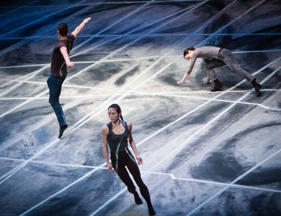 Shen Wei's Rite of Spring. (L to R): Jordan Isadore, Cynthia Koppe, and Sara Procopio. Photo: Yi-Chun Wu