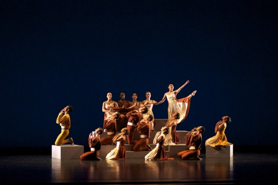 The José Limón Dance Company in Doris Humphrey's Passacaglia and Fugue in C Minor. At right, leg raised: Ryoko Kudo. Photo: Melanie Futorian