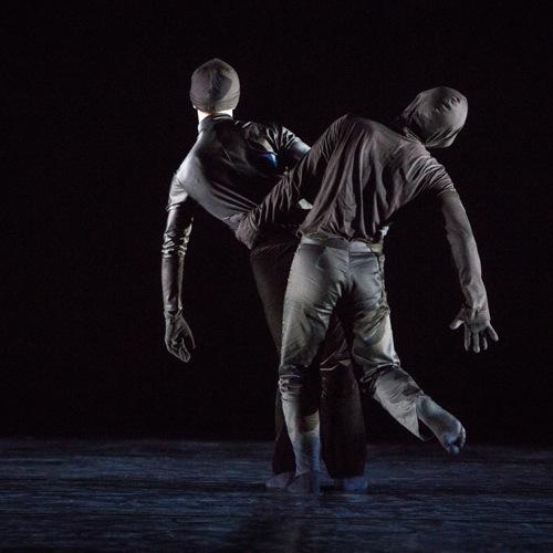 Aaron Loux (L) and Dallas McMurray in Mark Morris's Whelm. Photo: Yi Chun Wu