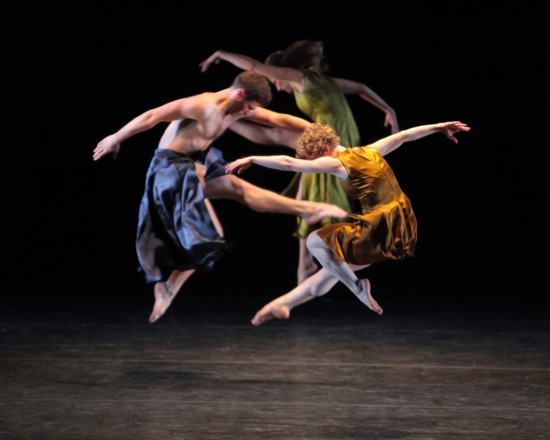 Mark Morris's Grand Duo. Foreground: Sam Black and Lauren Grant; at back: Rita Donahue. Photo: Erin Baiano