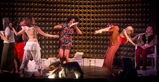 L to R: Alice Klugherz (exiting), Danté Brown (half hidden), Abigail Levine, Leslie Cuyjet, Mei Yamanaka, and Mark Dendy in Dendy's NEWYORKnewyork@Astor Place. Photo: Yi-Chun Wu