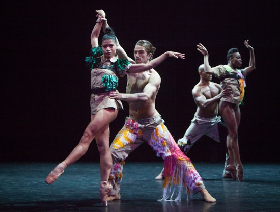 Cedar Lake dancers in Richard Siegal's My Generation. Vânia Doutel Vaz with Guillaume Qéau (L) and Ebony Williams with Joaquim de Santana. Photo: Yi-Chun Wu