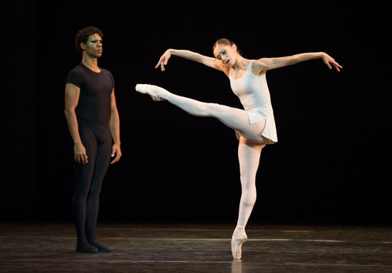 Carlos Acosta as The Messenger of Death watches Marianela Nuñez. Photo: Yi-Chun Wu