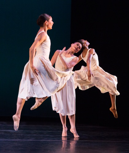 José Limón's Mazurkas. (L to R: Elise Drew Leon. Kathryn Alter, and Kristen Foote. Photo: Yi-Chun Wu