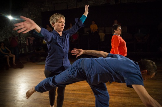 Jennifer Monson, Neil Greenberg, and Yvonne Meier improvising. Photo: Yi-Chun Wu