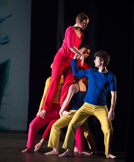 Leah Ives travels along (L to R): Stuart Shugg, Marc Crousillat, Tara Lorenzen, and Olsi Gjeci. Photo: Yi-Chun Wu