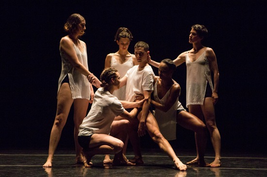 Stephen Petronio's Big Daddy (Deluxe). Joshua Tuason surrounded by (L to R): Emily Stone, Kyle Filley (kneeling), Jaqlin Medlock, and Cori Kresge. Photo: Yi-Chun Wu
