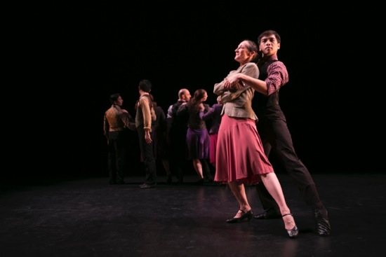 Anna Sokolow's Kurt Weill. Foreground: Lauren Naslund and Boonyarith Pankamdech. At back (L to R): Luis Gabriel Zaragoza, Richard Scandola, and Eleanor Bunker. Photo: Melissa Sobel/Meems Images