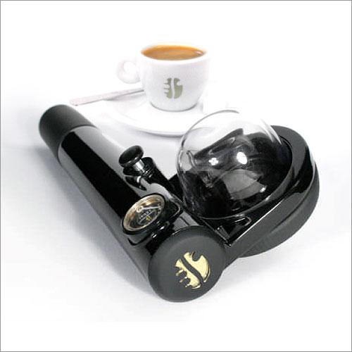 Handpresso-Handheld-Portable-Espresso-Maker.jpg