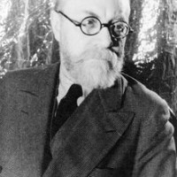 220px-Portrait_of_Henri_Matisse_1933_May_20