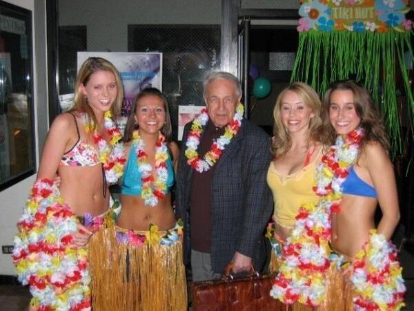 Pierre Boulez bikini girls
