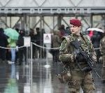 Louvre Reopens, Attacker Remains Silent Under Questioning