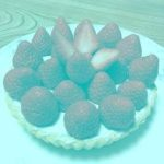 This Picture Of Strawberries Contains (Believe It Or Not) No Red Pixels