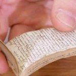 The First Theatre Critic? 17th-Century Notebook On Shakespeare's Plays Discovered On 'Antiques Roadshow'
