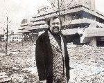 Director Peter Hall, 86